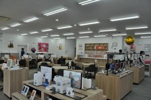 auショップ飯田上郷 新デザインショップへリニューアル!